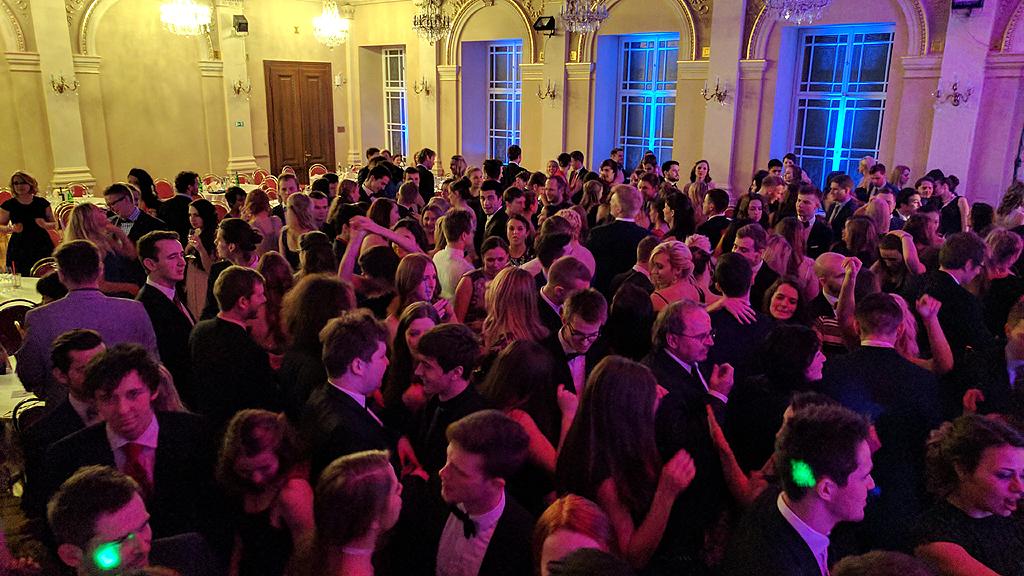 DJ Jirka Březina firemní párty večírek ples Mediků Žofín
