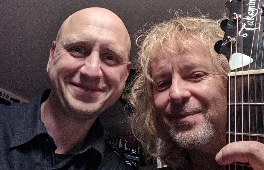 Peter Nagy a DJ Jirka Březina, párty innogy Malostranská beseda.